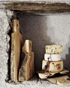 Artisan Andrea Brugi rustic bread and cheese boards photography by Ditte Isager styling by Christine Rudolph as seen on linenandlavender. Antipasto, Woodworking Shop, Woodworking Projects, Youtube Woodworking, Woodworking Workbench, Intarsia Woodworking, Woodworking Patterns, Woodworking Classes, Woodworking Techniques