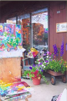 A Flower Shop that sells art! yes!