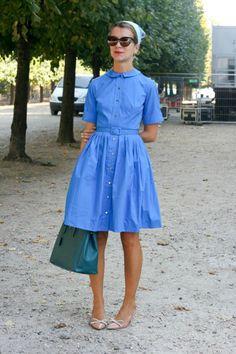 Váy sơ mi là món đồ thời trang được biến tấu từ chiếc áo sơ mi thông thường. Mỗi kiểu váy sơ mi lại mang đến cho bạn gái vẻ đẹp khác nhau nhờ sự biến hóa tài tình của mỗi người.