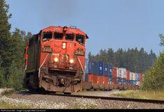 RailPictures.Net Photo: CN 2412 Canadian National Railway GE C40-8M (Dash 8-40CM) at Fitzwilliam, British Columbia, Canada by Mike Danneman