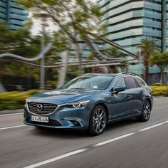 Meet the 2017 #Mazda6: with European first technologies from i-ACTIVSENSE like Traffic Sign Recognition. #Mazda #CarsofInstagram