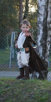 Liam is going to rock the Luke Skywalker this year. I love this costume!