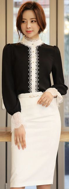 StyleOnme_Basic Slim Fit High-Waisted Pencil Skirt #white #pencilskirt #elegant #koreanfashion #kstyle #kfashion #classy #seoul
