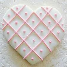 Lattice Pink and White Heart with Pearls cookie