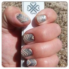 Sugar and spice jamberry nail wraps perfect for fall Jamberry Fall, Jamberry Nail Wraps, Sugar And Spice, My Style, Nails, Neutral, Finger Nails, Ongles, Nail