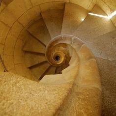 La Sagrada Familia stairs - looking down by CardiganKate, via Flickr