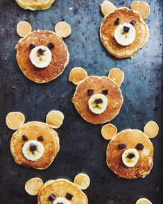 A bear-y adorable breakfast via Tag your most creative food pics with for the chance to be regrammed! Easy Healthy Recipes, Baby Food Recipes, Wine Recipes, Healthy Foods, Toddler Meals, Kids Meals, Cute Food, Good Food, Vegan Magazine