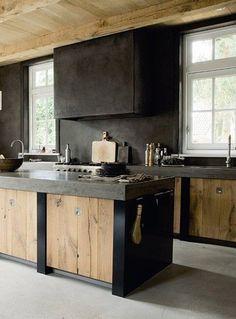 Rough wood kitchen | Cocinas Integrales Mödul Studio - PEDIDOS --> diseno.monterrey@modulstudio.mx