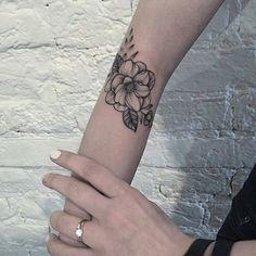 Tattoo Artist @anna_bravo_ . . #tattooselection #tattoo #tattooed #tatuaje  #tatuaggio #ink  #inked  #love #tattoos #model #tattooartist #tat #tattoolife  #tattooflash #tattoodesign #tattooist #bestoftheday #artist #instatattoo #fashion