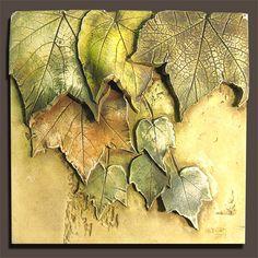 keramická kachle s listy