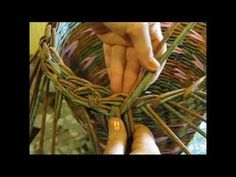 (11) Basket weaving newspaper. How to make the edging. Part 5.1. - YouTube