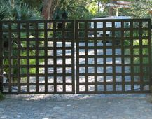 Our gate! Dorland Company - Modern Gates