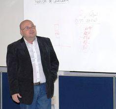 Agenda Cultural RJ: Cursos de Cenografia - Professor com 25 anos de ex...