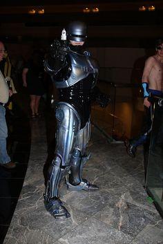 Dragon Con 2007 RoboCop 2 by LJinto, via Flickr