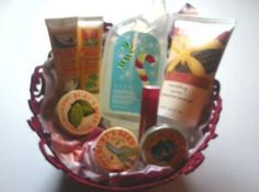 Burt's Bees & Avon Products - Red Rose Felt Gift Basket