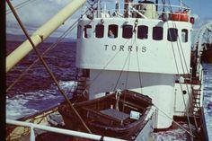 TORRIS N-155-ME - 1960 , ombygd hvalbåt, 138 fot, lastet 4000 hl. solgt i 1971. Fotograf Bård Nordgård 1000 <3 Takk Hilveig & Solveig Nordgård Gustavsen.