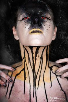 25 Halloween Looks!  I am in love!!! I wish I could do this to myself
