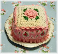 Pink Cake by She'sSewPretty