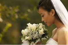 How to Honor the Deceased Mother of the Groom at a Wedding | eHow