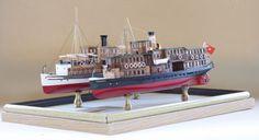 Tarabya  Şirket-i Hayriye'nin 57 baca numaralı SS Tarabya vapurunun 1906'daki ilk yapım hali ve 1967 yılında çürüğe çıkarıldığı son hali iki ayrı model olarak yanyana çalışılmıştır.    İki modelin yapımı 1 senede tamamlanmış olup, planları Antonio Berzolese'den temin edilmiştir