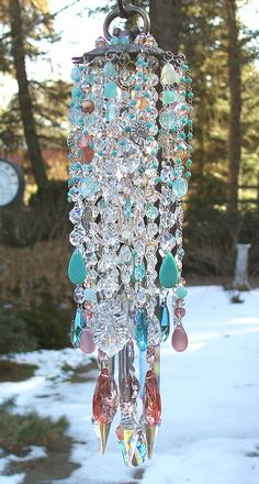 DIY wind chime made from chandelier and lamp parts, broken jewelry, and strings of beads. Cristal Art, Crystal Wind Chimes, Arts And Crafts, Diy Crafts, Chandeliers, Chandelier Crystals, Hanging Crystals, Mini Chandelier, Vintage Chandelier