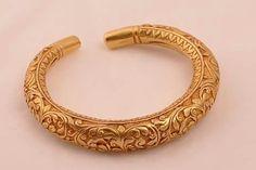 Hasli Gold Bangle Bracelet, Gold Bangles, Bangle Set, Gold Rings, Golden Jewelry, Gold Jewellery Design, Girls Jewelry, Pendant Jewelry, Wedding Jewelry