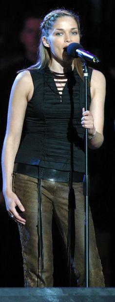 Caroline Corr 2002