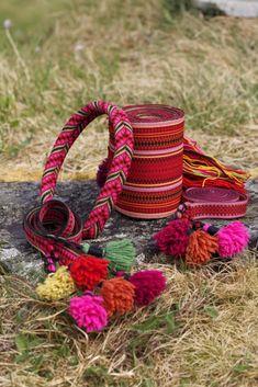 Magasin for Bunad og Folkedrakt Card Weaving, Tablet Weaving, Folk Costume, Costumes, Folk Clothing, Going Out Of Business, Textiles, Band, Traditional Dresses
