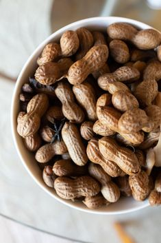 Boil Peanuts Recipe, Boiled Peanuts Pressure Cooker, Hawaiian Dishes, Hawaiian Recipes, Peanut Recipes, Yummy Recipes, Ono Kine Recipes, Paleo Recipes