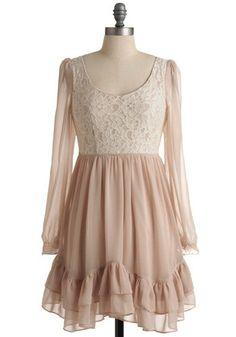 vintage lace dress...<3