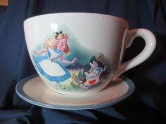 Disney ALICE IN WONDERLAND Giant Ceramic Teacup Planter WHITE RABBIT Al Dempster