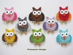 Crocheted Applique – Eule – a unique product by Prinzessin-Design on DaWanda Crochet Owls, Crochet Amigurumi, Crochet Motifs, Cute Crochet, Crochet Animals, Crochet Crafts, Crochet Yarn, Crochet Flowers, Crochet Projects