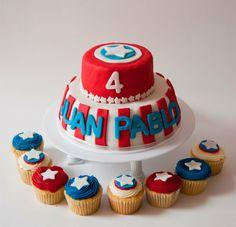 Torta y cupcakes de capitan america