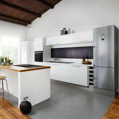 Siemens studioLine – Exklusivität in Perfektion Küchen Design, Interior Design Inspiration, Modern, Architecture, Kitchen, Table, Furniture, Home Decor, Simple