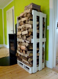 Fire wood tower made from freight pallets