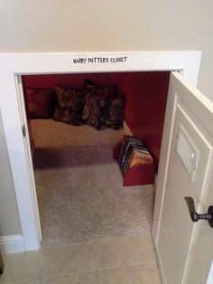 My mother has a closet like this that she actual does call the Harry Potter closet. She uses it for Halloween decorations & its actually a Harry Potter room during their Halloween Party! My New Room, My Room, Nerd Room, Under Stairs Cupboard, D House, Book Nooks, Reading Nooks, Reading Den, Deco Design
