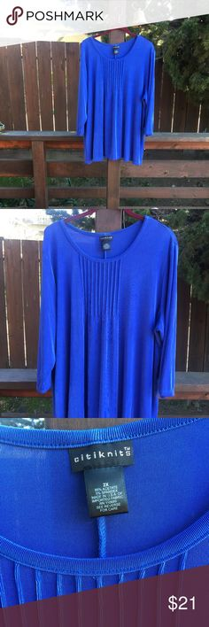 Slinky blue long knit blouse Pretty lightweight long top, excellent condition citiknits Tops Blouses