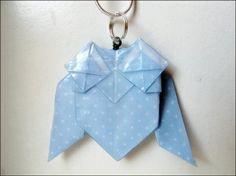 Origami owl necklace Origami Owl Necklace, Owls, Christmas Ornaments, Holiday Decor, Paper, Design, Home Decor, Decoration Home, Room Decor