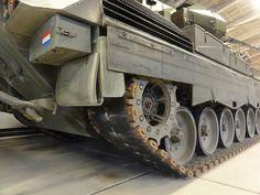 The Flugabwehrkanonenpanzer Gepard is an autonomous, all-weather-capable German self-propelled anti-aircraft gun - English German Army, Military Vehicles, Dutch, Cheetah, Armour, English, Google, Modern, Trendy Tree