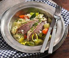 Tafelspitz mit Meerrettich, Kartoffelcreme und Gemüse: