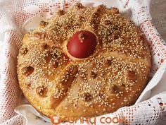 Greek Sweets, Greek Desserts, No Cook Desserts, Greek Recipes, Dessert Recipes, Greek Easter Bread, Greek Bread, Easter Recipes, Holiday Recipes