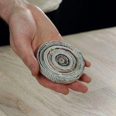3 boas ideias para se fazer com jornal velho Recycled Magazine Crafts, Recycled Paper Crafts, Recycled Magazines, Paper Crafts Origami, Newspaper Crafts, Recycled Crafts, Paper Quilling, Diy Paper, Paper Art