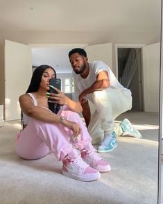 Black Love Couples, Cute Couples Goals, Black Couples Tumblr, Swag Couples, Couple Goals Relationships, Relationship Goals Pictures, Matching Couple Outfits, Matching Couples, Mode Emo
