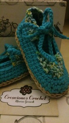 Alpargatas de bebé en crochet. Suela de yute tejida en crochet. https://www.facebook.com/GorrosBoinasCrochet