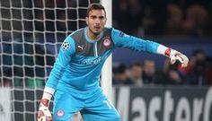 Olympiacos - Juve: il risultato esatto e il marcatore il portiere Roberto l'aveva pronosticato Graphic Sweatshirt, T Shirt, Football, Portiere, Sweatshirts, Long Sleeve, Sleeves, Sweaters, Mens Tops