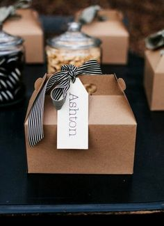 Christmas gift wrapping ideas DIY crafts ToniK ⓦⓡⓐⓟ ⓘⓣ ⓤⓟ #Christmas DIY #crafts Natural & black packaging cookies Brett & Jessica Photography