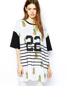 We're going cray for pineapple prints! http://asos.to/1fb8JdK