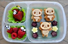 Bentoriffic mini panda bear bento plant based vegan lunchbox @Kelly Lester / EasyLunchboxes