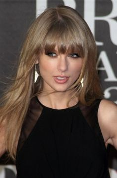Taylor Swift's straight bangs