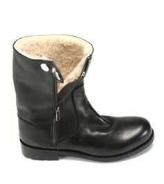 Blackstone  boots.  Never heard of this brand, but oh mama!